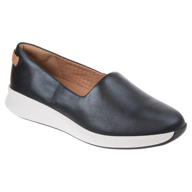 Clarks Un Rio Step Black Leather